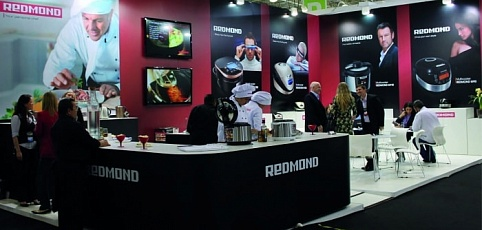 REDMOND presented the innovative multicooker, RMC-250, in the international exhibition ELECTROLAR SHOW.
